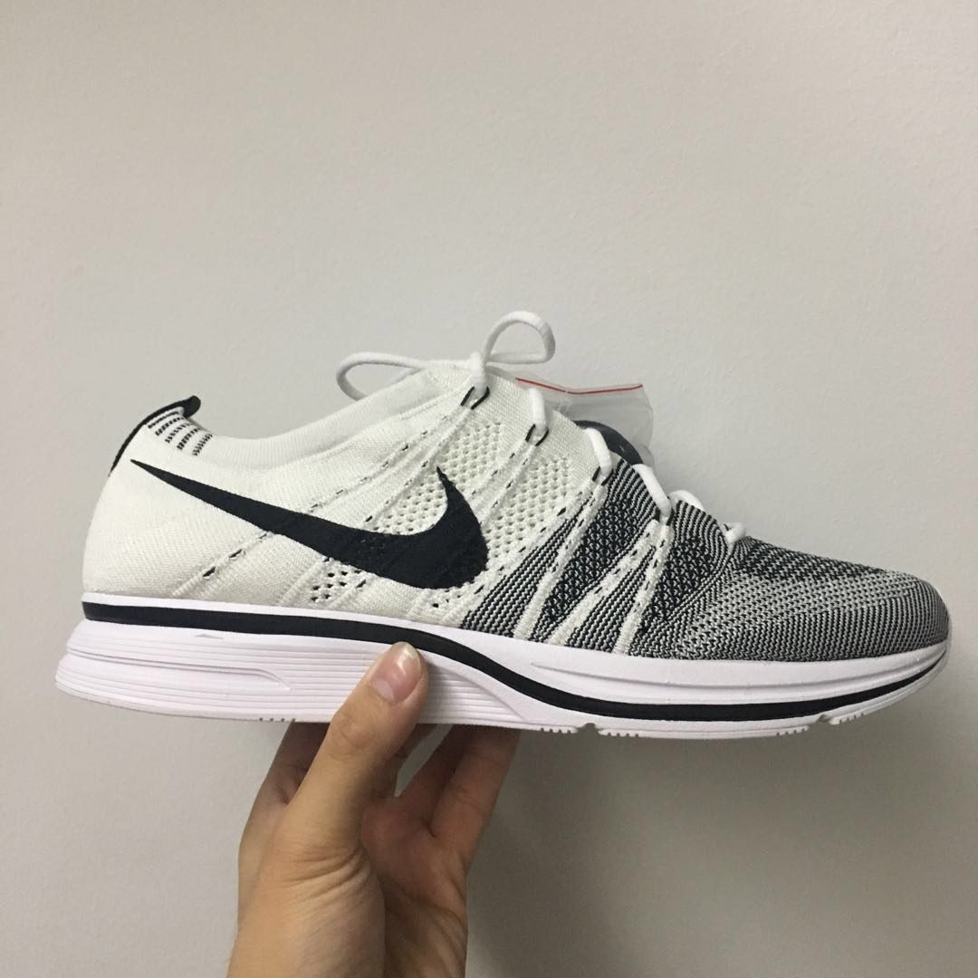 8d5ff43a6b08 White Flyknit Trainer Yeknits 2017