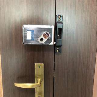 Wf-20 gateman digital lock for all kind of wooden door fingerprint and pin access