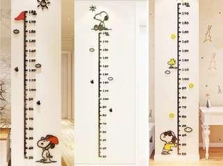 Snoopy 度高牆貼