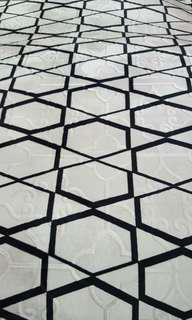 Offer Karpet size M