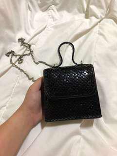 black small sling purse bag #under9