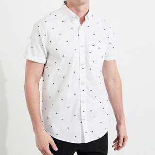 AUTHENTIC HOLLISTER White Printed Short-Sleeve Poplin Shirt