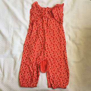 Old navy playsuit romper 6-12mos (runs big)