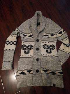 EUC Aritzia sweater, M