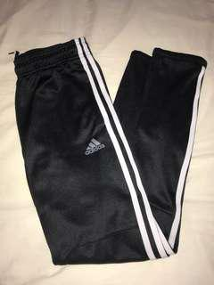 Adidas youth black track pants size M (11-12Y)