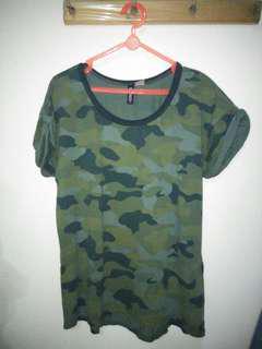 HnM shirt army