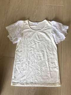 Lace sleeves off white tee