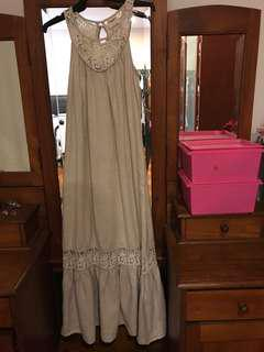 Linen dress from Island Shop US4