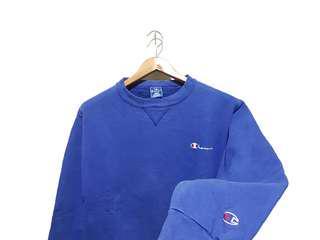 Sweater Crewneck Champion Script Blue Builtup #MauiPhoneX