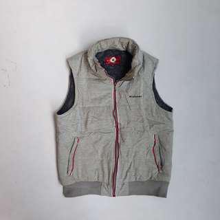Convrese vest