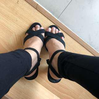 heels black by berrybenka‼️