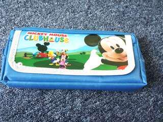 Kotak pensil Mickey Mouse