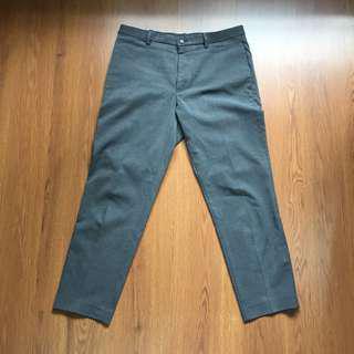 Uniqlo Ankle Pants #MauiPhoneX
