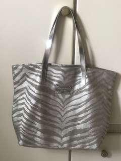 Michael Kors Authentic Silver Tote bag