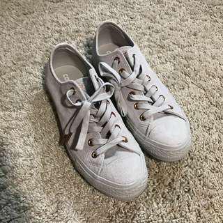 Converse Grey Suede UK 6