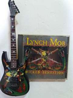 Lynch mob (wicked sensation) cd with miniature guitar