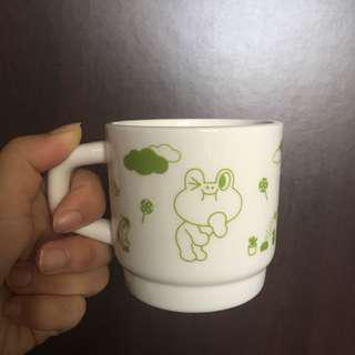 Line Leonard ceramic cup