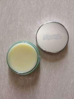 La Mer Lip Balm Baume De La Mer for very dry lips