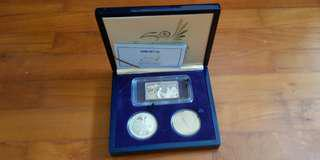 Singapore Airlines 50th ann. Coin Set with silver ingot / 916 gold insert