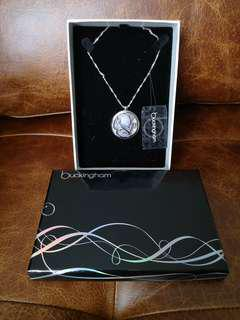 Buckingham silver plated necklace with pendant