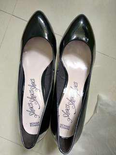 M&S 馬沙 黑色漆皮高踭鞋 (約兩吋高, 7号)