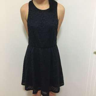Little black lace sleeveless dress