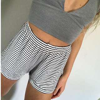 Stripped shorts - Brandy Melville