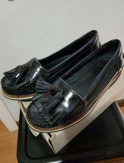 Auth Lacoste navy blue tassel loafer