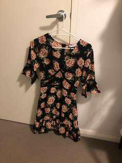 Atmos&Here size 6 dress