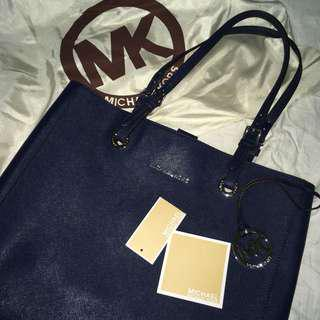 michael kors jet set travel navy tote bag