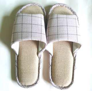 Grid Design Home Slippers Sandals