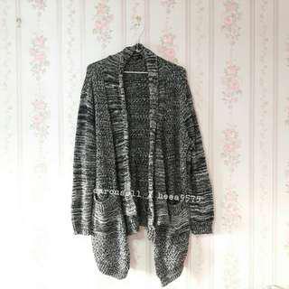 黑白混織針織罩衫外套
