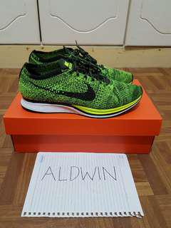 Nike Flyknit Racer Volt Size 9 RUSH STEAL! (Not ultra boost nmd adidas)