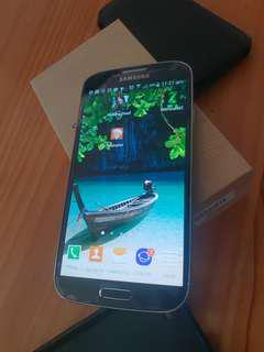 Samsung galaxy s4 new condition