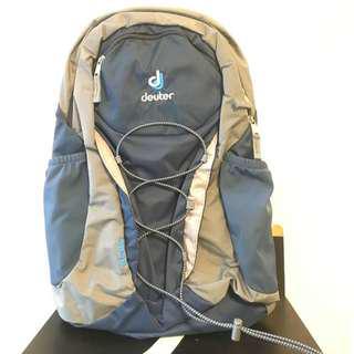 Deuter airstripes backpack