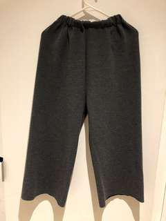Grey knitted culottes