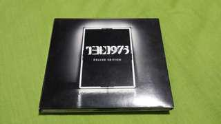 The 1975 Signed Album - Deluxe Edition