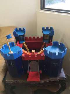 Pintoy Wooden Medieval Castle