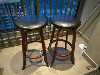 2 x swivel bar stools