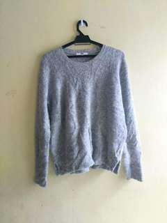 Uniqlo Grey Knitwear