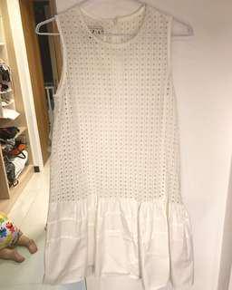 🚚 燒花洞洞純白洋裝
