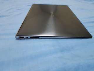 Asus super slim ultrabook 13,3inchi windows8.1