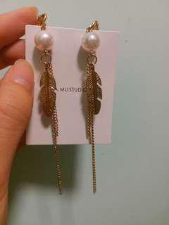 Pearl Earrings 耳夾款