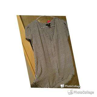 🚚 新品日本購回H&M前短後長格紋襯衫