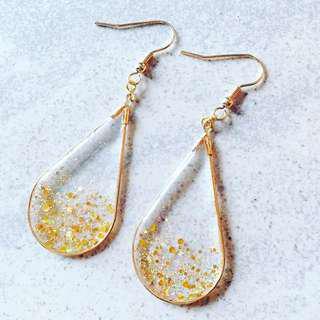 🚚 Falling Glitter Teardrop Earrings