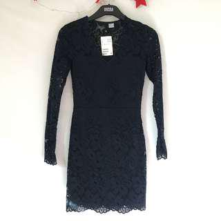 🚚 H&M navy blue lace dress Bodycon tight hugging sexy