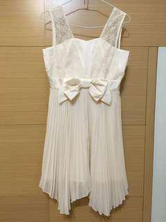 🚚 U're蕾絲雪紡洋裝 9.9成新米白色