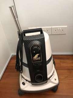Delphin Vacuum Cleaner