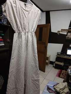 Dress gee eight s