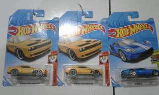 Hotwheels package all new